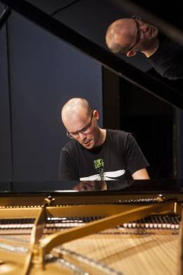 Kiril Kozlovsky, piano